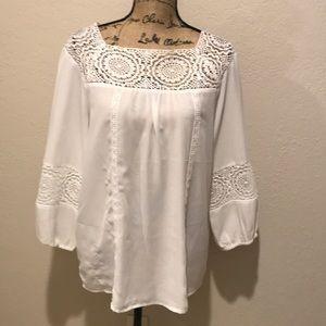 Counterparts Beautiful white blouse